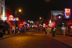 USA, Tennessee, Memphis, Beale Street bei Nacht