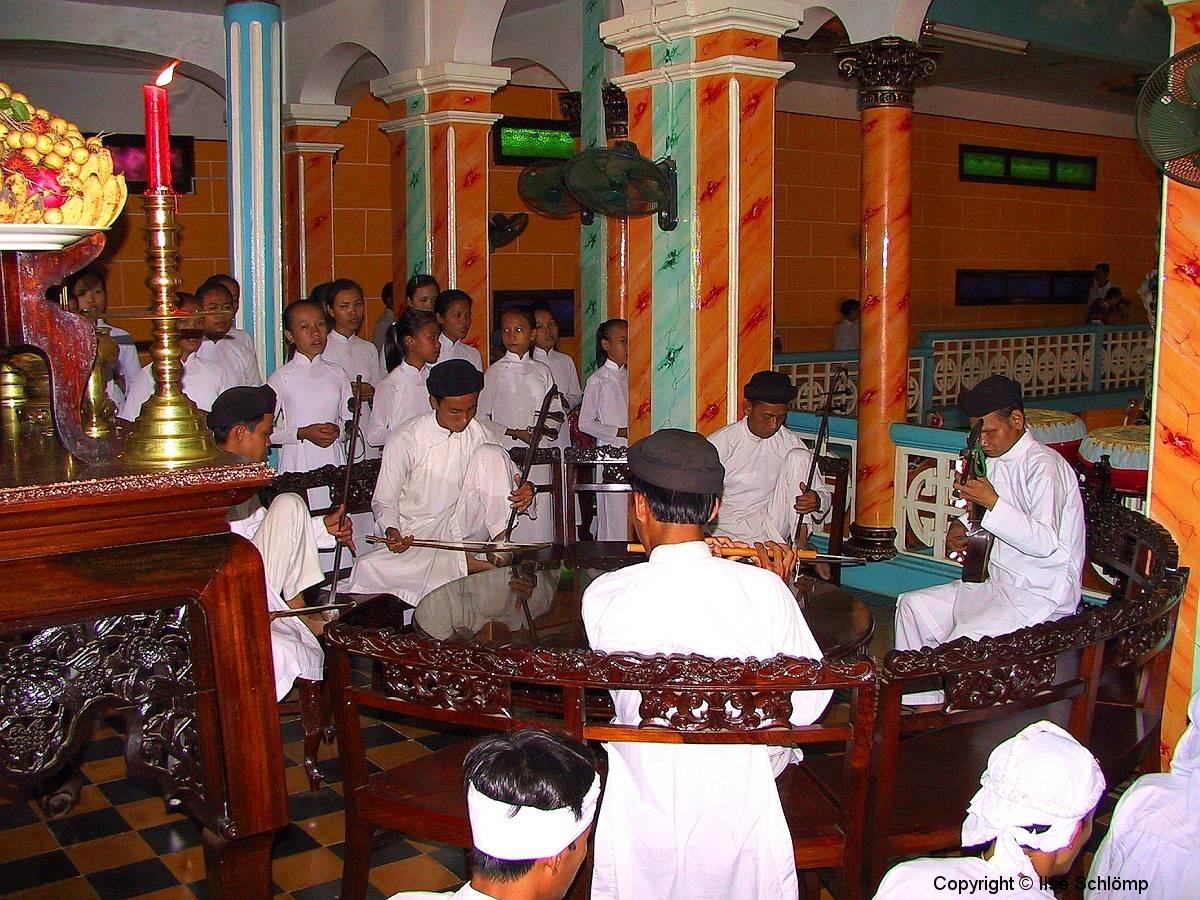 Tay Ninh, Cao Dai Tempel, Musikgruppe